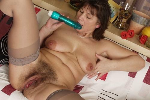putas desnudas gay peludo